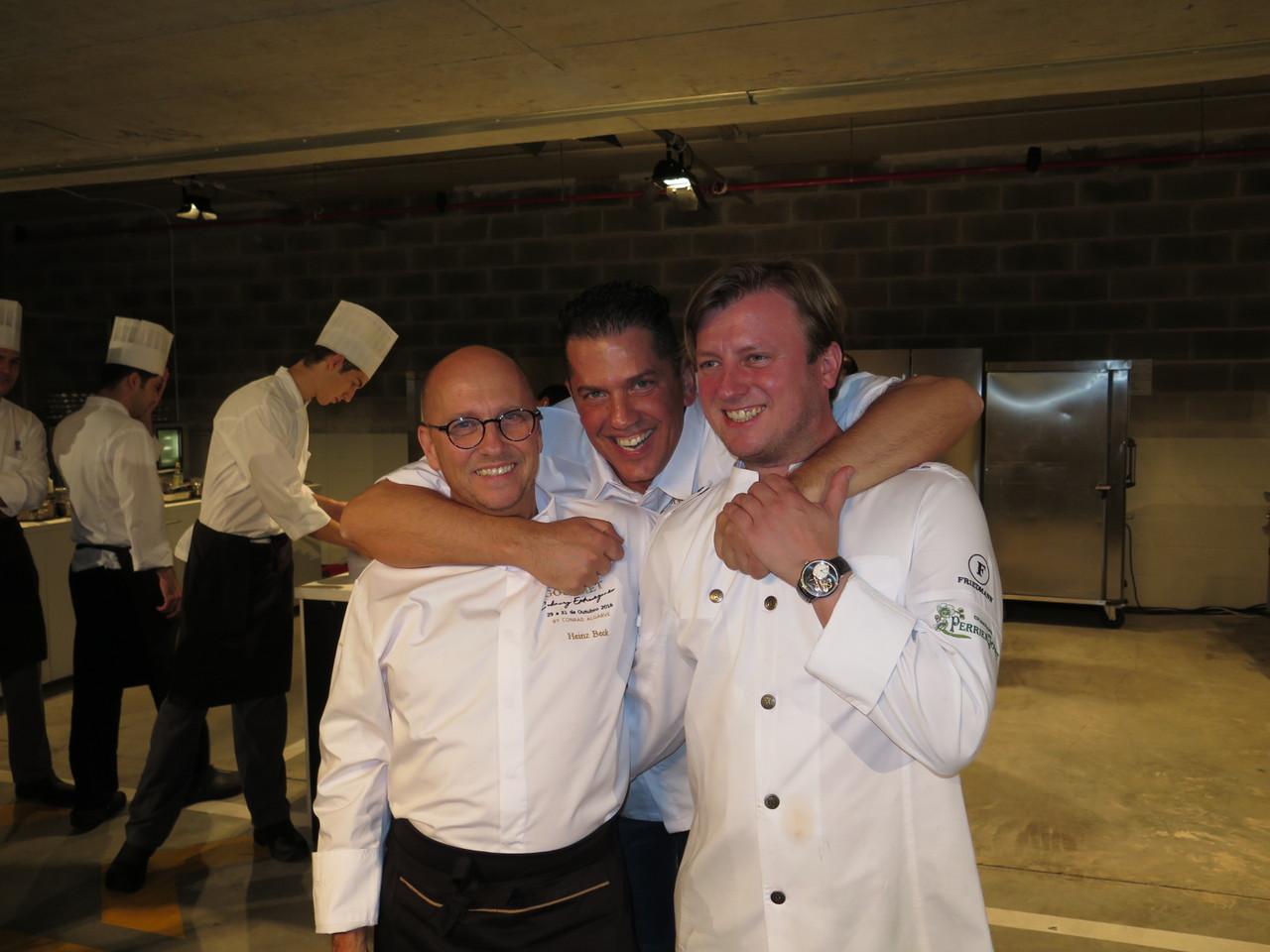 A boa disposição dos 3 chefs 3*** Michelin do Gourmet Culinary Gourmet Extravaganza: Heinz Beck, Jacob Jan Boerma e Kevin Fehling