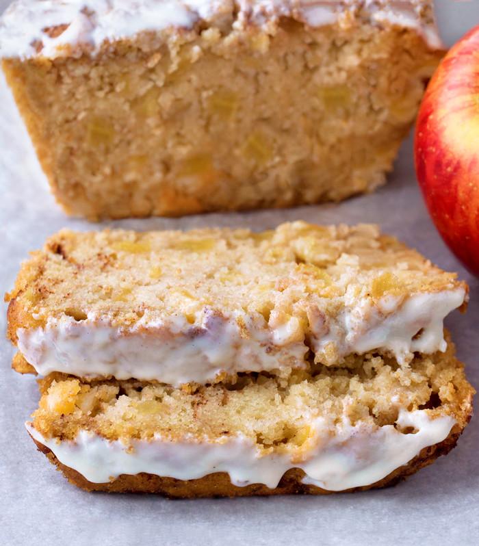 The-Best-Healthy-Apple-Cake-Bread.jpg