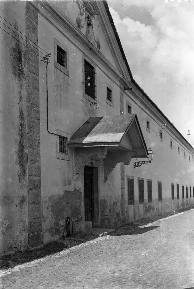 Convento de Santa Teresa de Jesus, alpendre da por