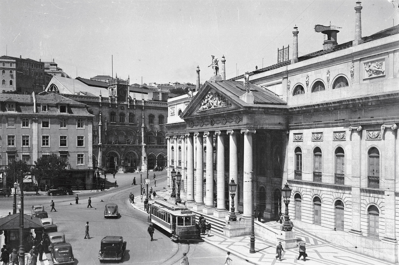 Rossio, Lisboa (P. Guedes, c. 1937)