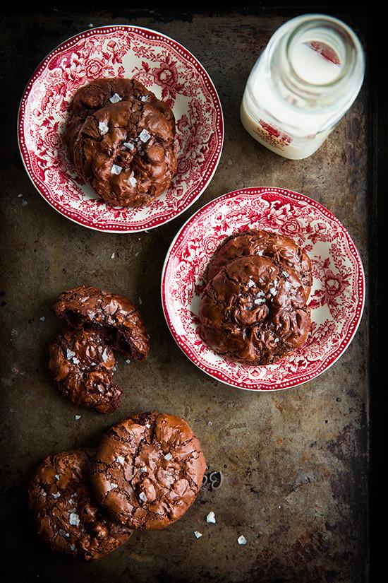 flourless-chocolate-cookies4+srgb..jpg
