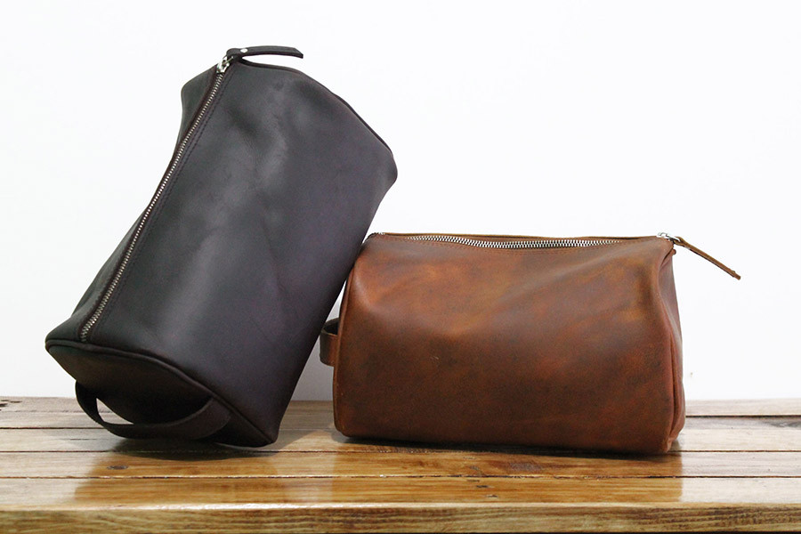 estojo de higiene em pele - wash bag leather.jpg