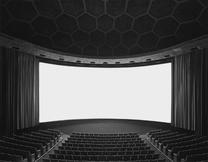 07 - Cinerama Dome, Hollywood, 1993.jpg