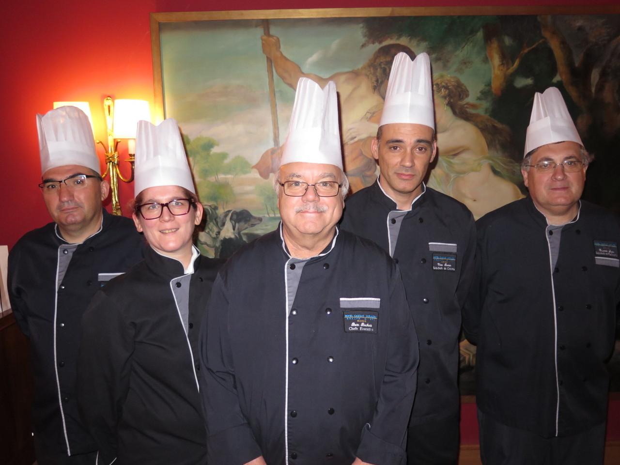 A Equipa de Cozinha do restaurante GOURMET do Hotel Cascais Miragem