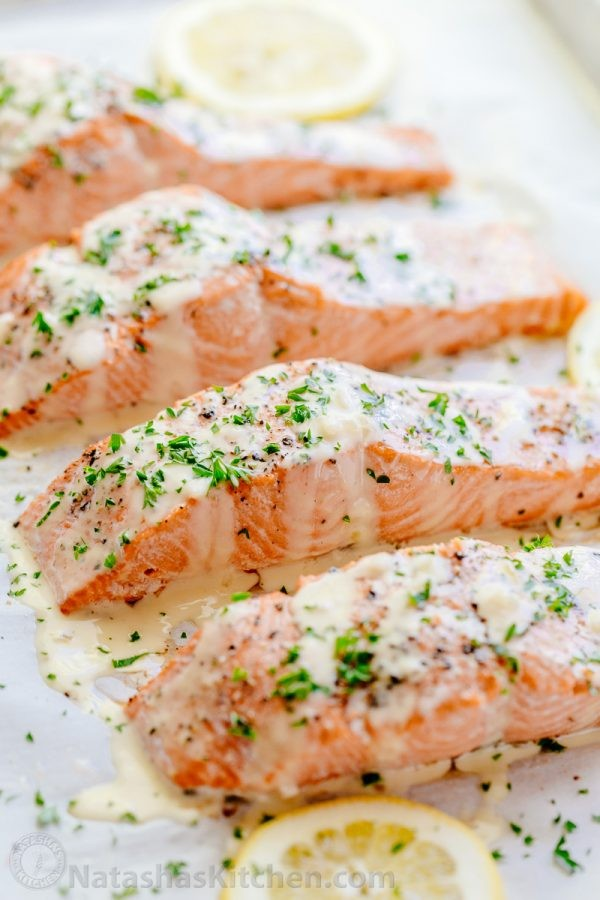 Baked-Salmon-with-Lemon-Cream-Sauce-8-600x900.jpg