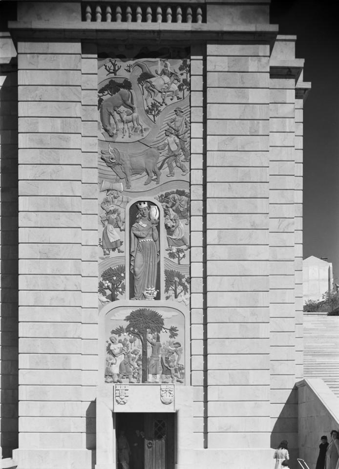 Baixos relevos, Alameda (H. Novais, c. 1948)
