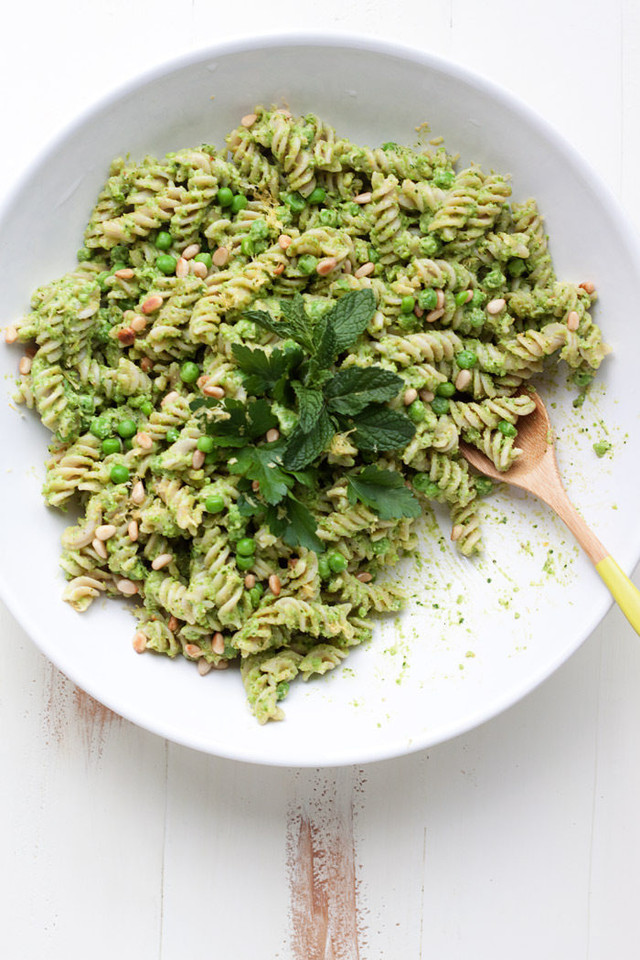 pea-pesto-pasta-salad3-700x1050.jpg