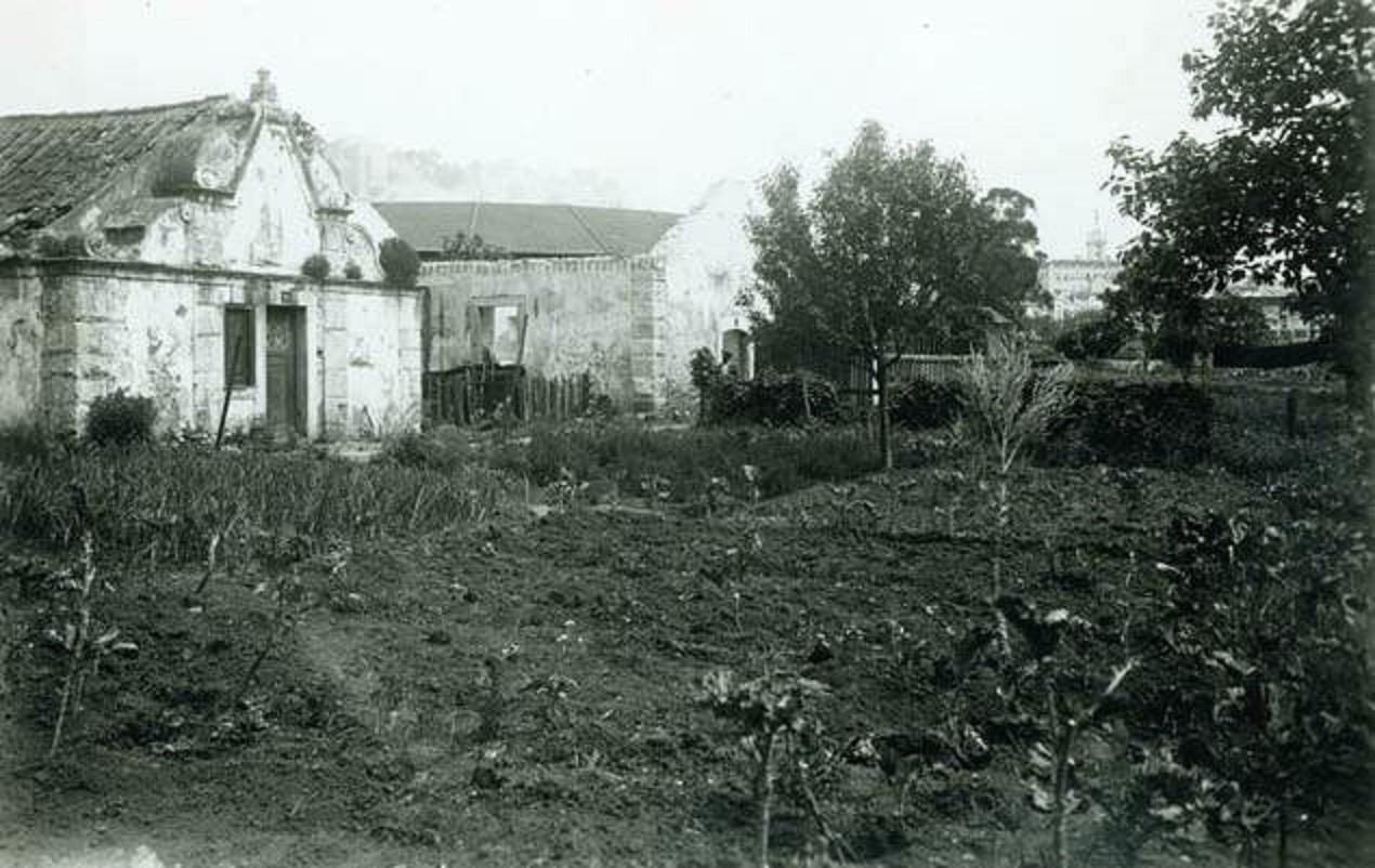 Vale de Alcântara no sítio da Horta Navia.jpg