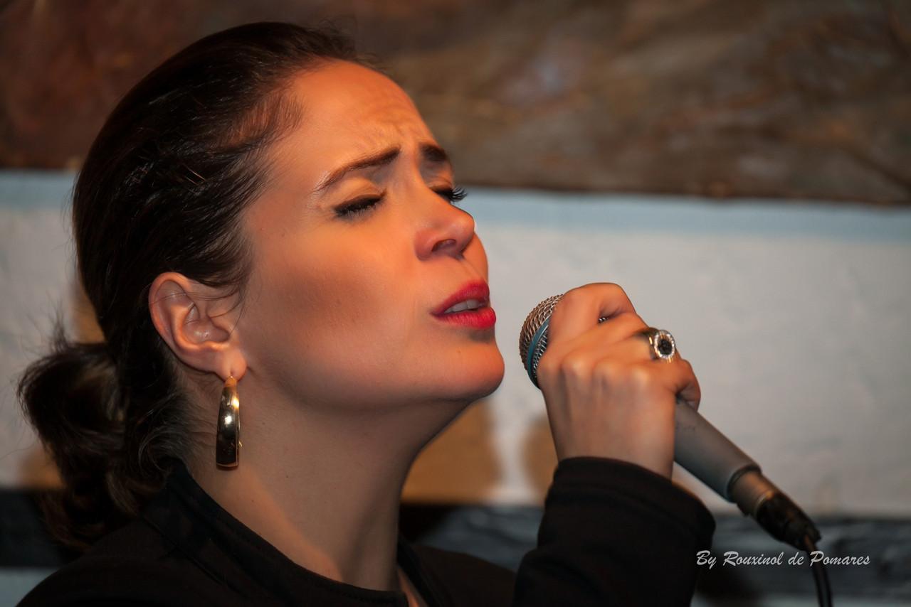 Joana Amendoeira na Taverna dos Trovadores (007)