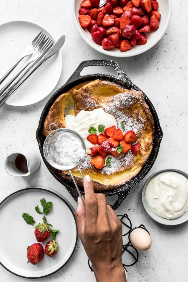 Dutch-Baby-Strawberry-with-Whipped-Sour-Cream-Fini
