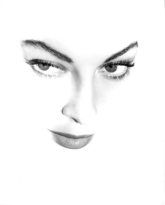 Ava Gardner by John Engstead.jpg