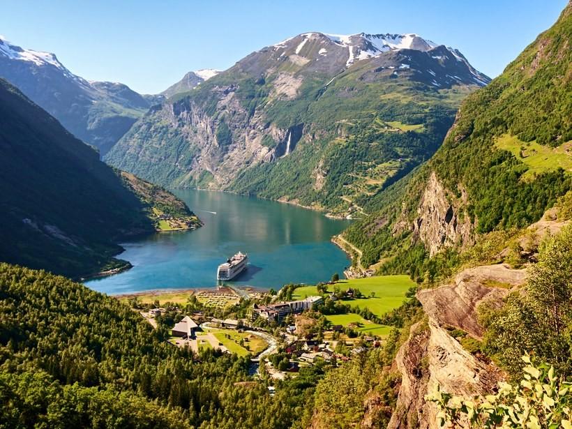 Geiranger-Norway-GettyImages-507259938_medium.jpg