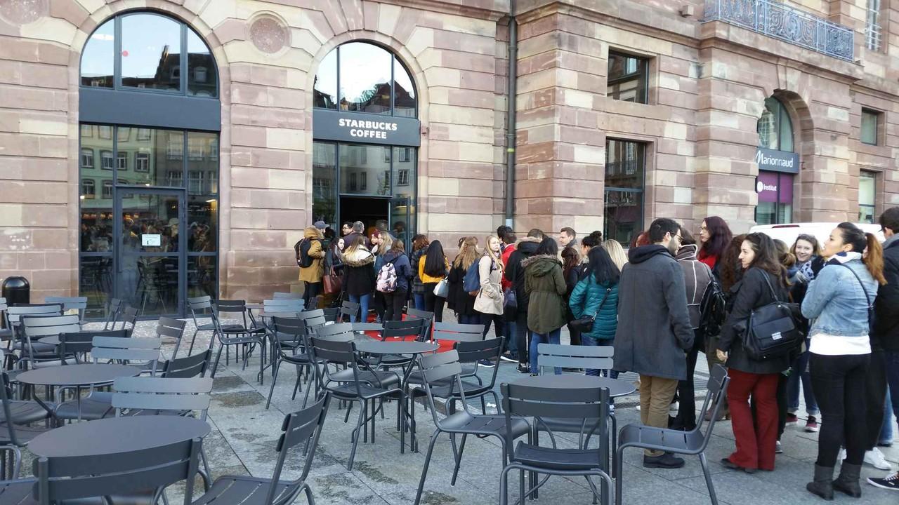 Abertura da Starbucks em Estrasburgo @20minutes