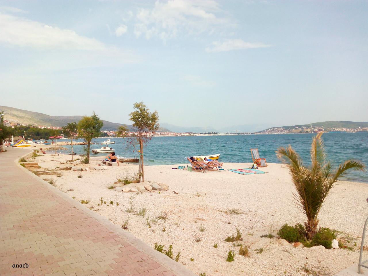 Seget Donji beach, Croatia.jpg