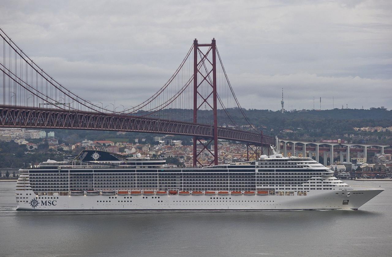MSC Preziosa-Lisboa-Lisboa-resized.jpg