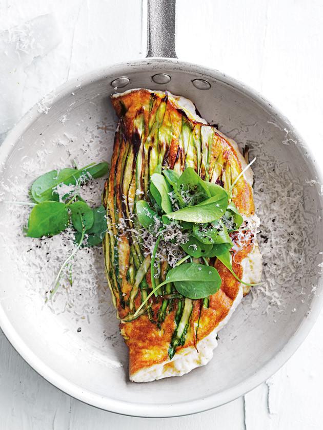 asparagus_and_ricotta_souffle_omelette.jpg