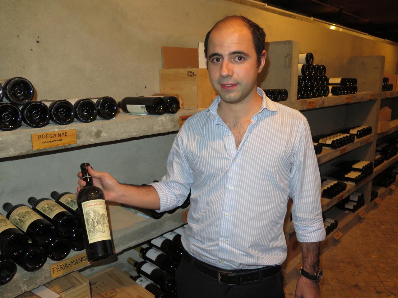 Visita guiada à garrafeira do PORTO DE SANTA MARIA com o proprietário Rodrigo Saragga