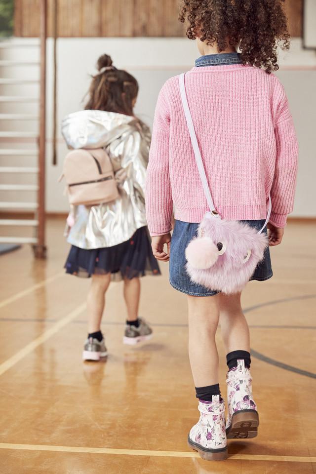 Furry bag E6 $7, Boots E16 $18, dress E12 $ 14, Ju
