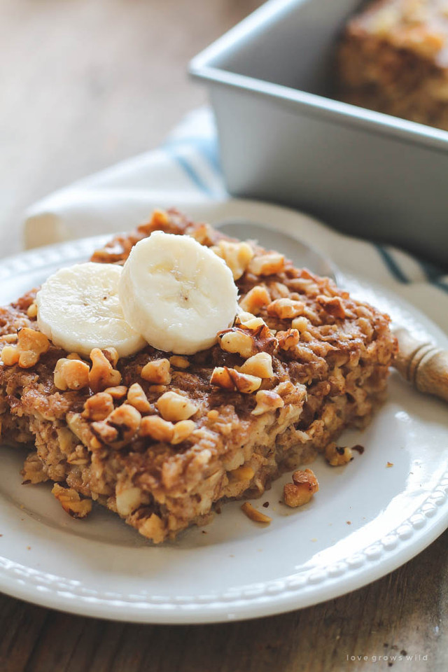 Banana-Bread-Baked-Oatmeal-3.jpg