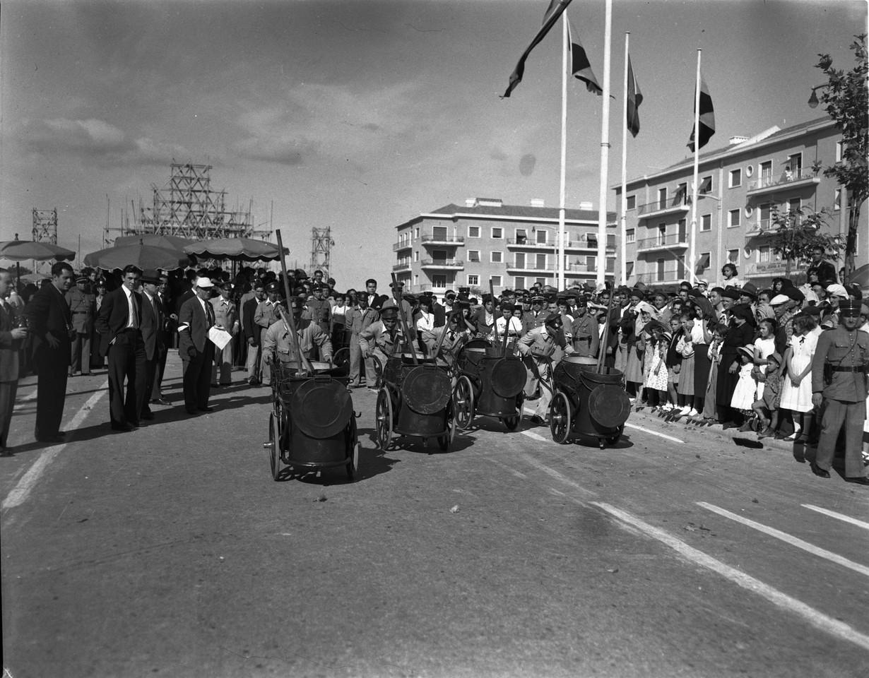 Corrida dos ofícios — Cantoneiros, Alvalade (A. Serôdio, 1953)