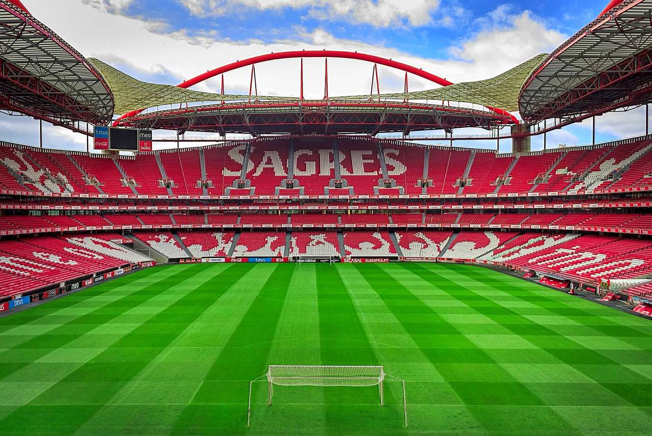 Estadio_da_Luz_2012-1.jpg