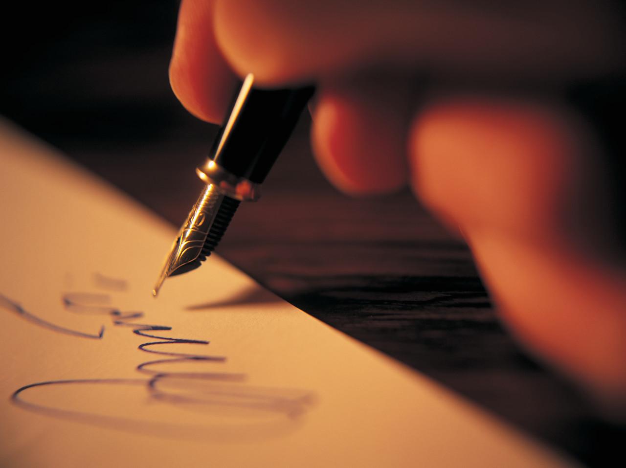 inkpenhand.jpg