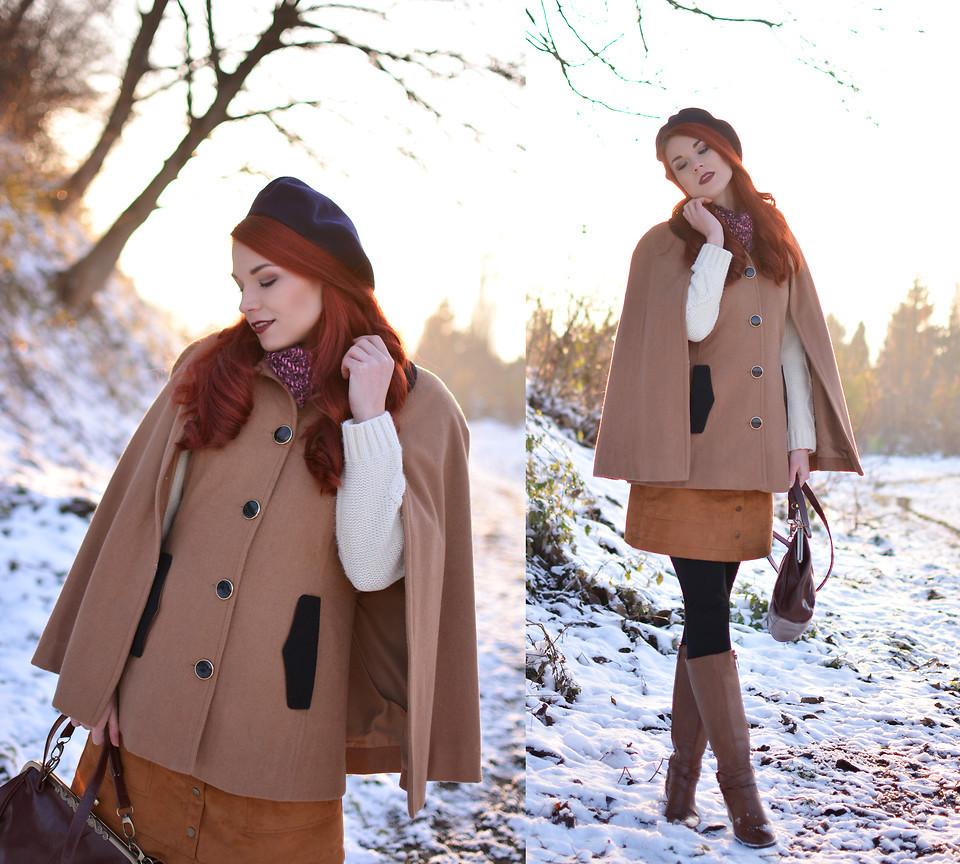5065376_winter_cape.jpg