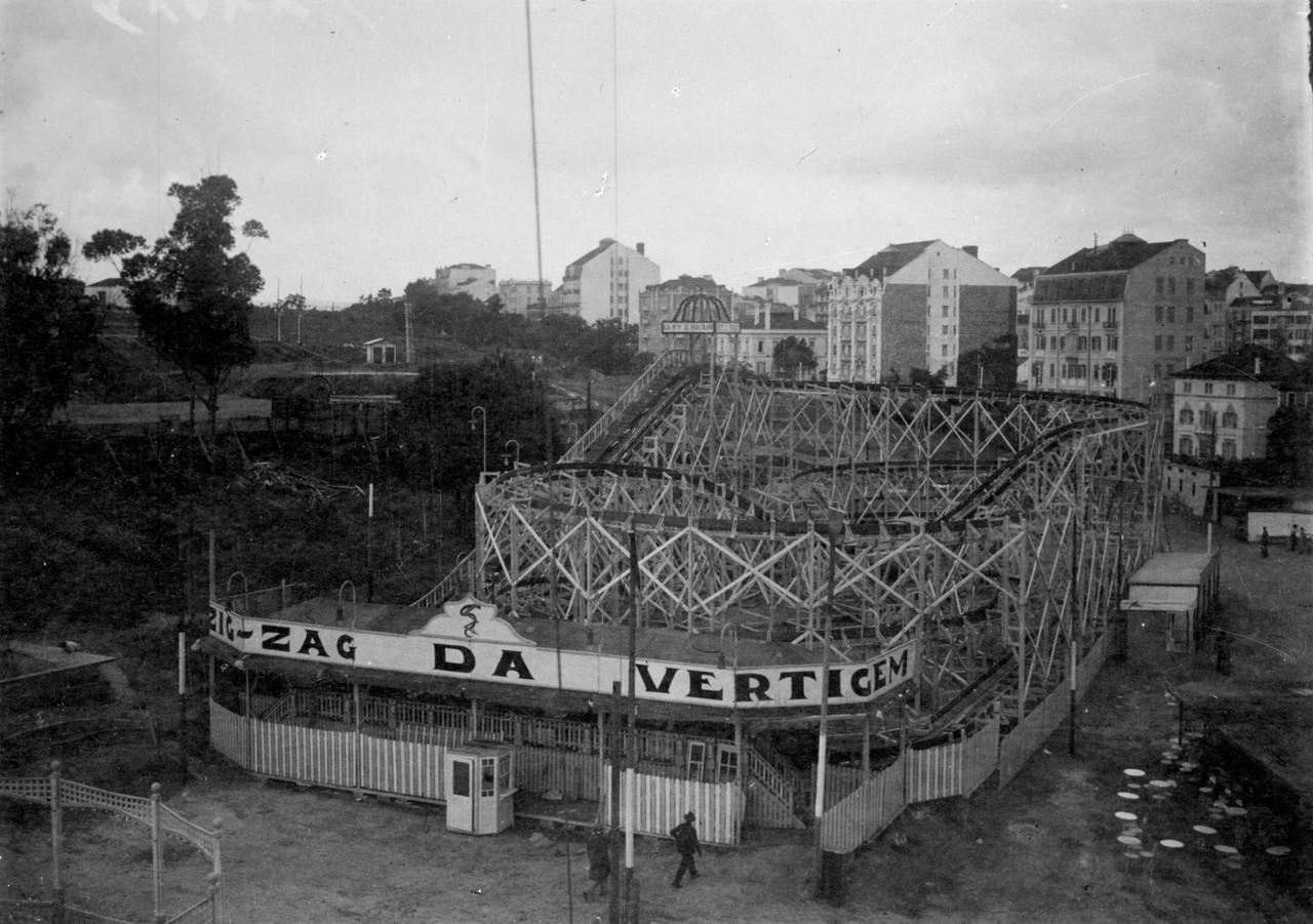 Parque Eduardo VII, a montanha russa do Luna Park