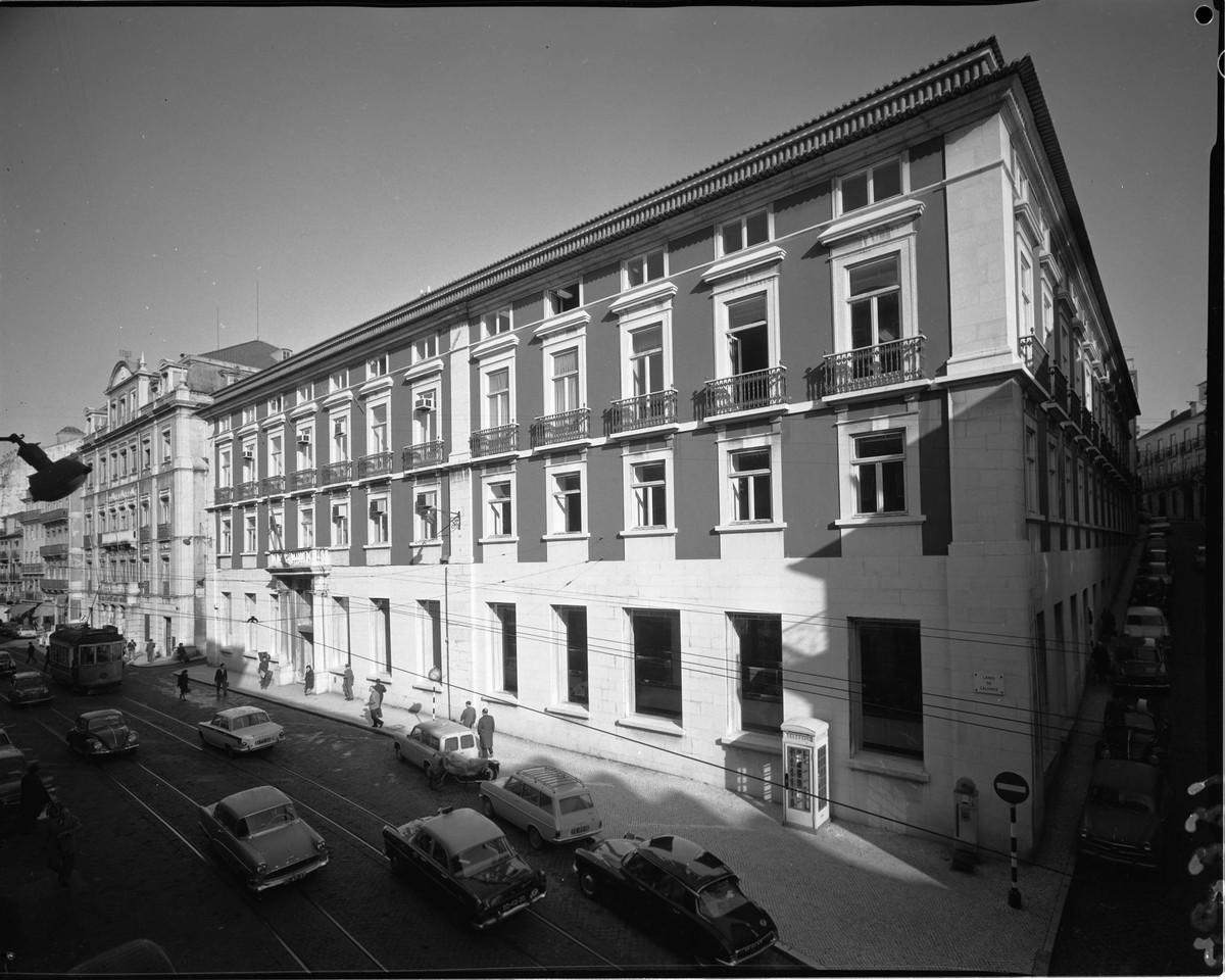 Caixa Geral dos Depósitos, Crédito e Previdência, Calhariz (A. Serôdio, 1966)
