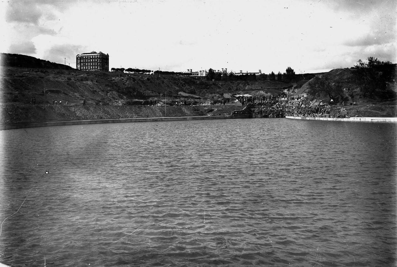 Parque Eduardo VII, lago, post. 1929, foto de Paul