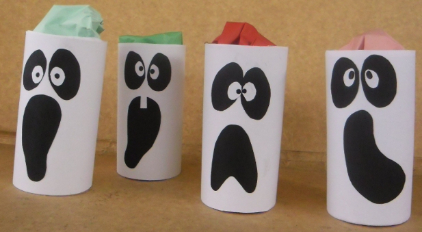 fantasmas de papel halloween