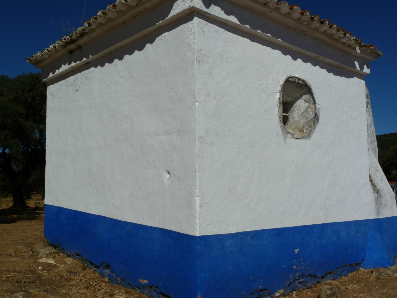 Anta-capela de São Brissos 4.jpg