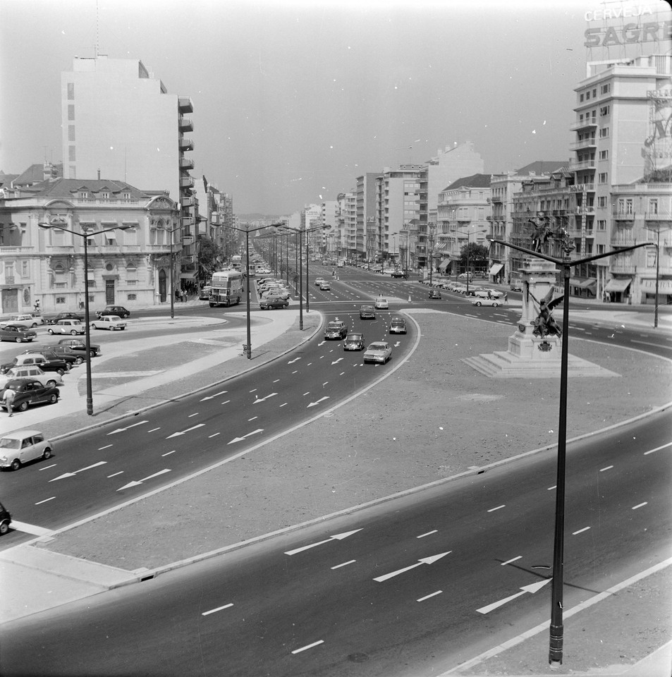 Saldanha e Av. da República, Lisboa (Artur Inácio Bastos, 1969)