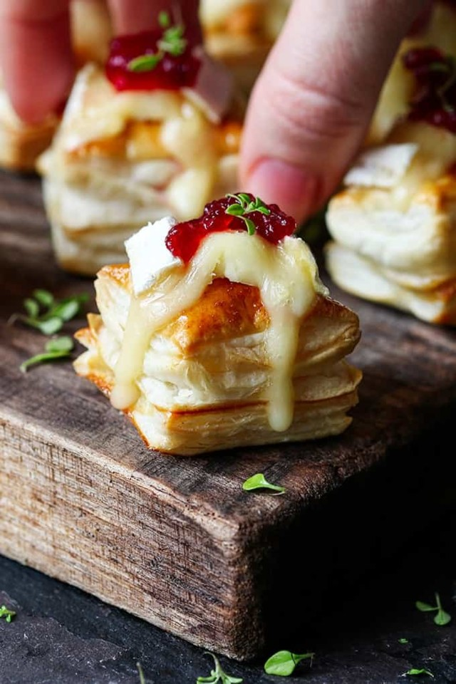 Cranberry-and-Brie-Bites-tall3.jpg