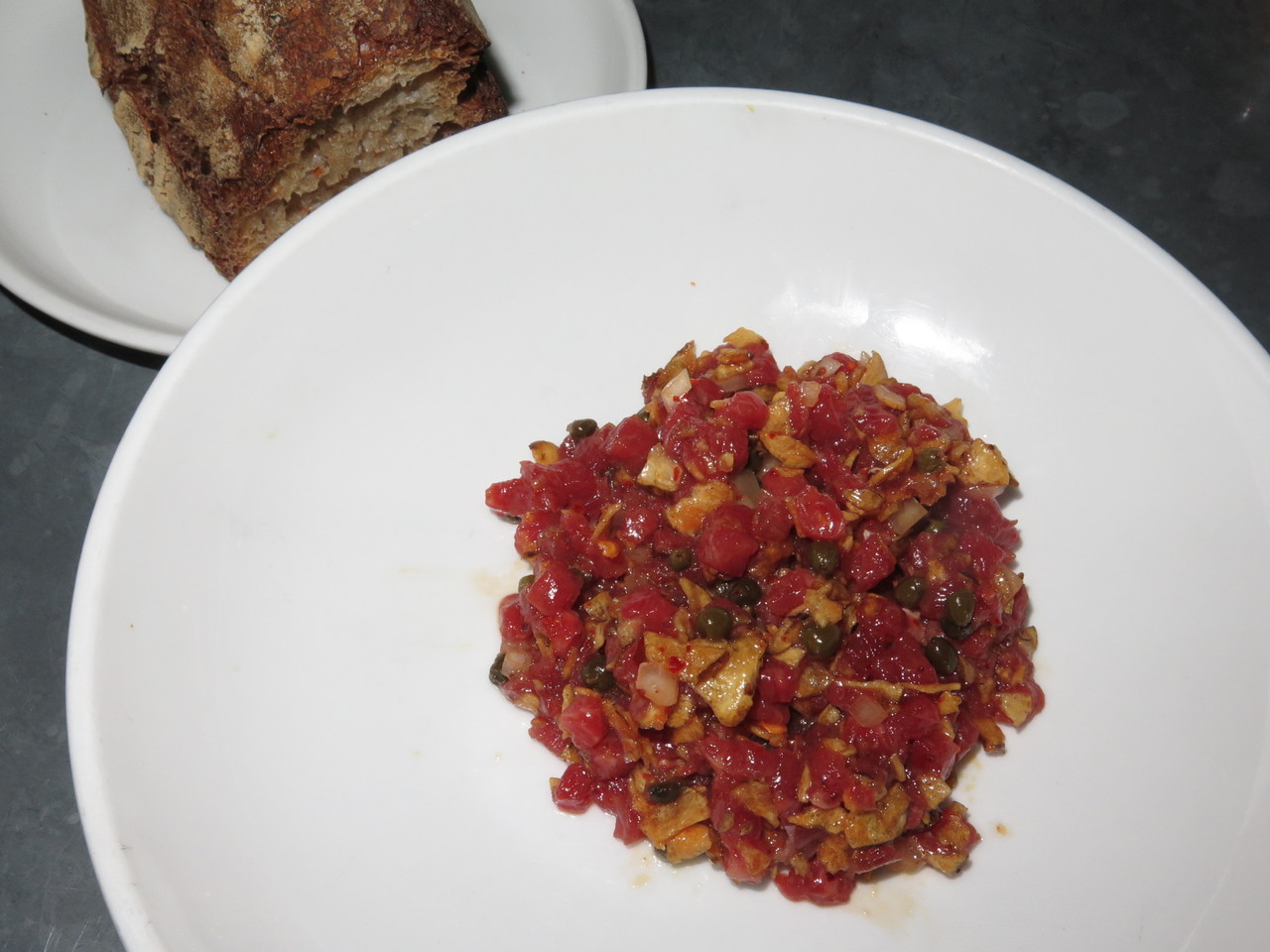 Beef tartare with sunchoke