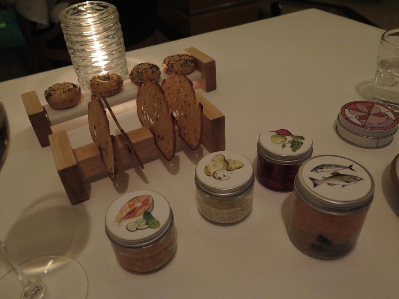 Homenagem de Daniel Humm aos 'appetizing stores' judaicos de Nova Iorque