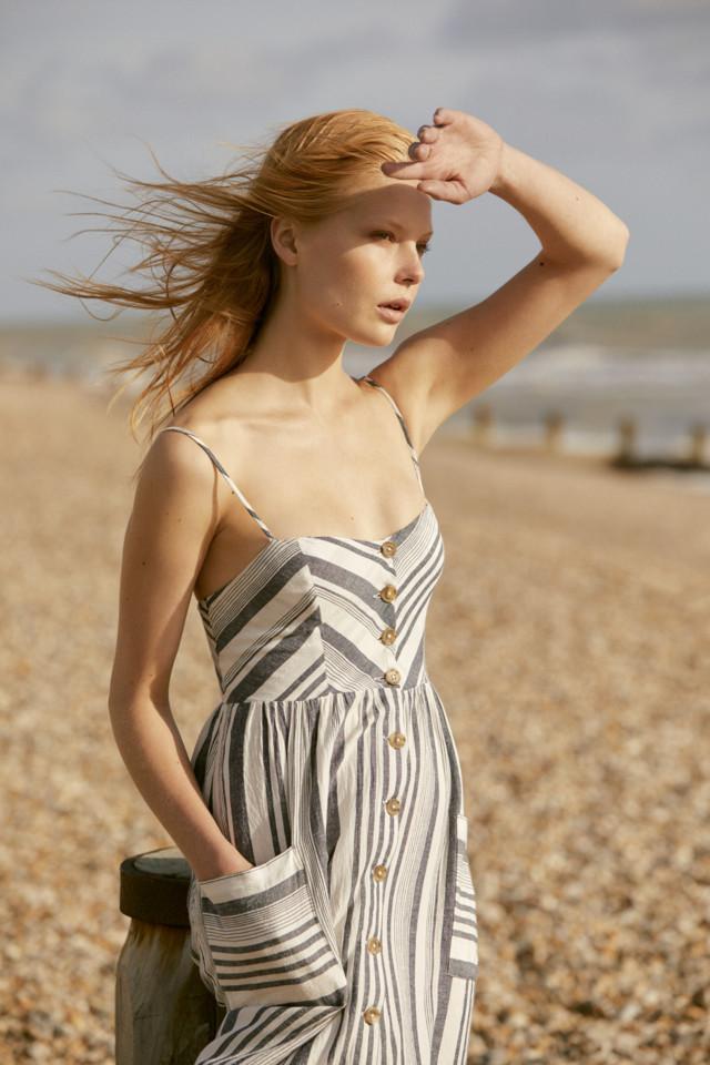 Dress 16 (2).jpg