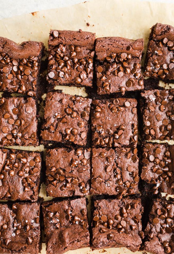 vegan-tahini-brownies-3.jpg