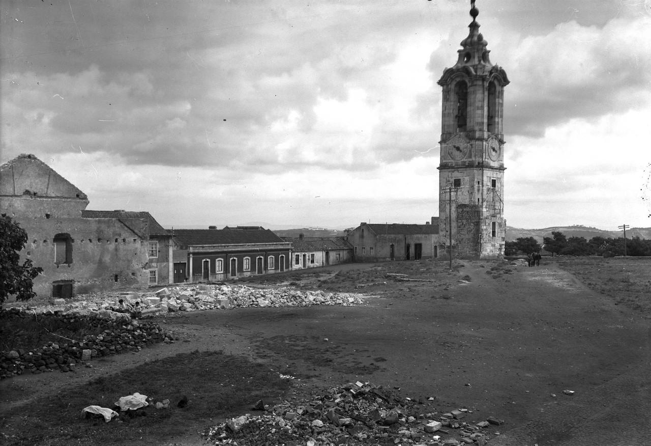 Torre da Ajuda, sd, foto de Paulo Guedes, in a.f.