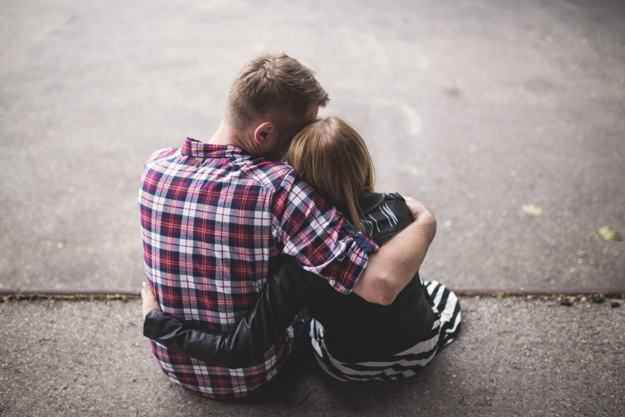 hugging_couple.jpg