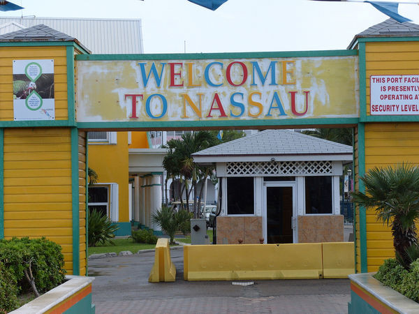 2008-welcome-to-nassau.jpg