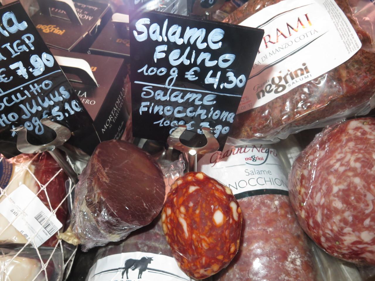 O famoso 'Salame [de] Felino', localidade junto a Parma