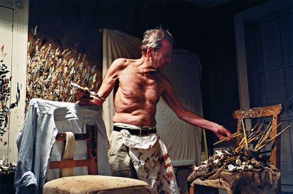 DAWSON_2005_Lucian_Freud_Working_At_Night.jpg