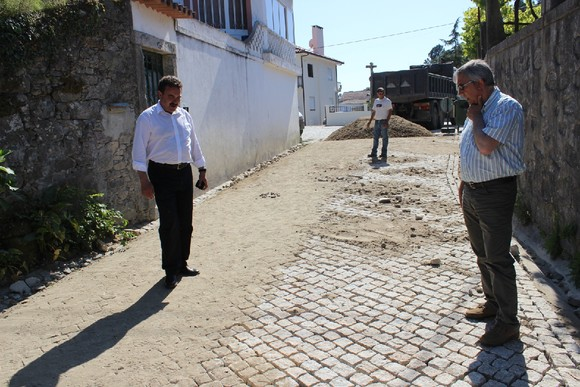 Obras de Saneamento e Pavimentação Riba de Ânco