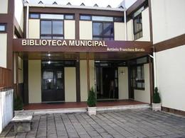 Biblioteca.jpg (647KB).jpg