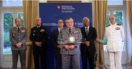 António Costa com chefes militares.png