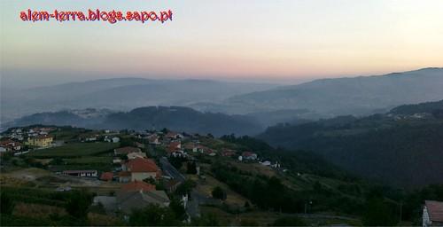 06:55 a caminho da Sra. da Saúde, uma vista sobre o vale de Cambra, DESLUMBRANTE.