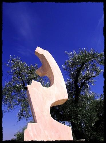 Uma escultura de Valeriano Hernández inaugurada em 2006