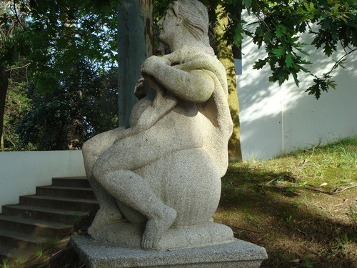 Escultura na Quinta da Conceição