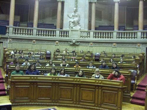 Crianças e Jovens de Avintes visitam o Parlamento - 2007